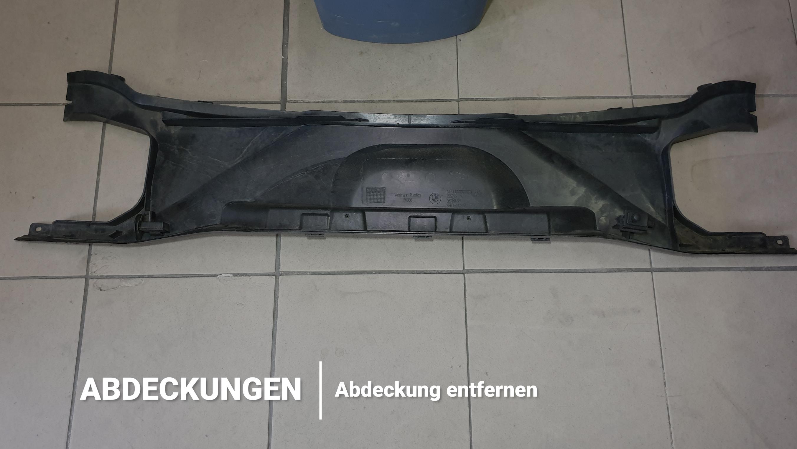 Abdeckung BMW Motorraum 135i