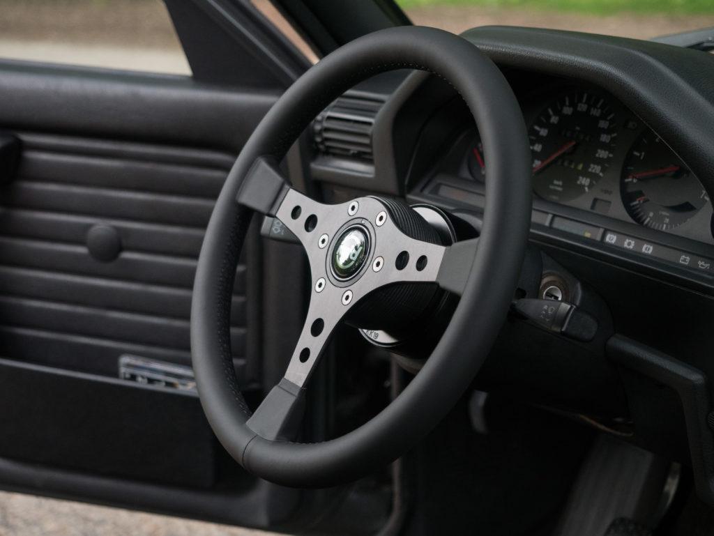 Blogartikel BMW E30 Sportlenkrad Raid